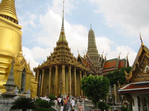 1200px-PB_Grand_Palace_Bangkok