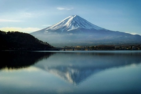 mount-fuji-japan-mountains-landmark-sky-clouds