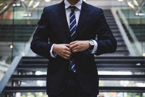 newzealand-businessman-meeting
